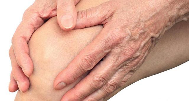 tej ízületi fájdalom a lábak duzzadása az ízületekben