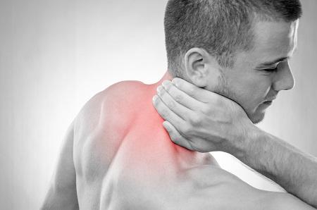 súlyos fájdalom és ropogás a vállízületben ne gyógyítsa meg az ízületeket