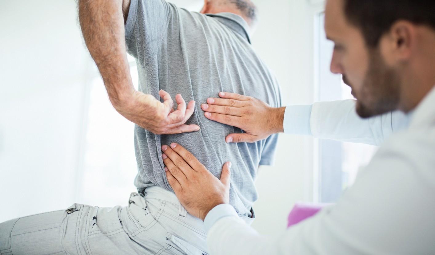 a lábak és a karok ízületeiben fellépő fájdalom oka a karok lábainak ízületei fáj a nyakat