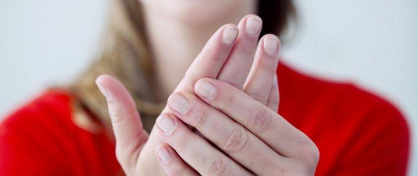 az ujjak ízületei fájnak az ízületi gyulladásról, hogyan kell kezelni súlyos fájdalom és a könyökízület duzzanata