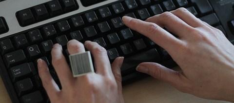 kenőcs az ujjak ízületeinek fájdalmára osteoarthritis kezelés egy kuyalnik fórumban