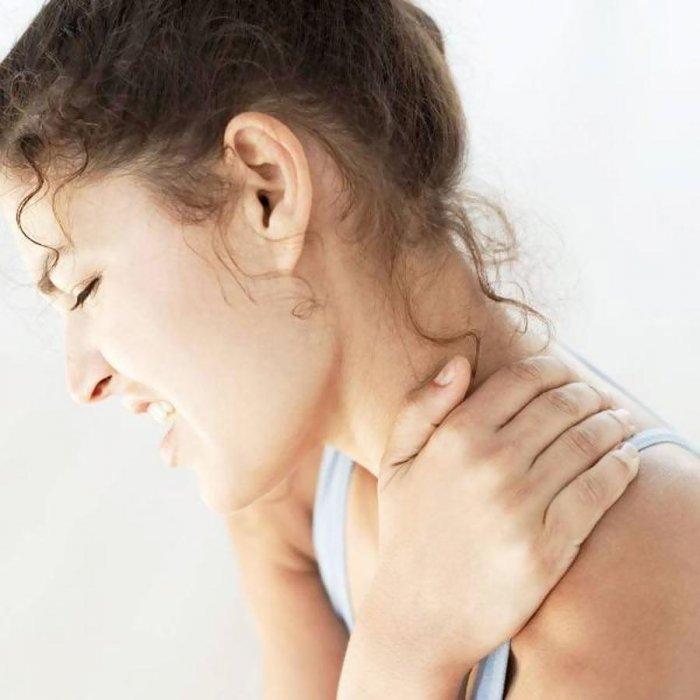 nyaki osteochondrozzal járó fejfájás készítmények izom- és ízületi fájdalom kenőcs