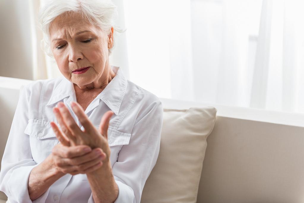 térdízület kezelése mariupolban az ujjízület mozgásának helyreállítása törés után