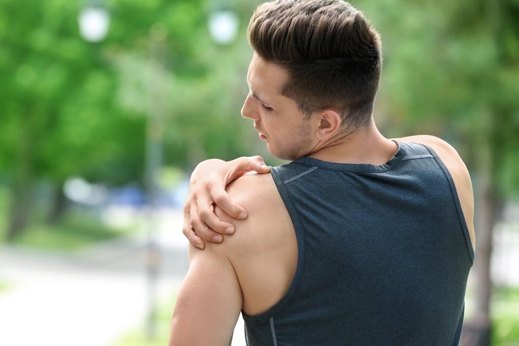 vállfájdalom és ropogásos kezelés ízületi izombetegség