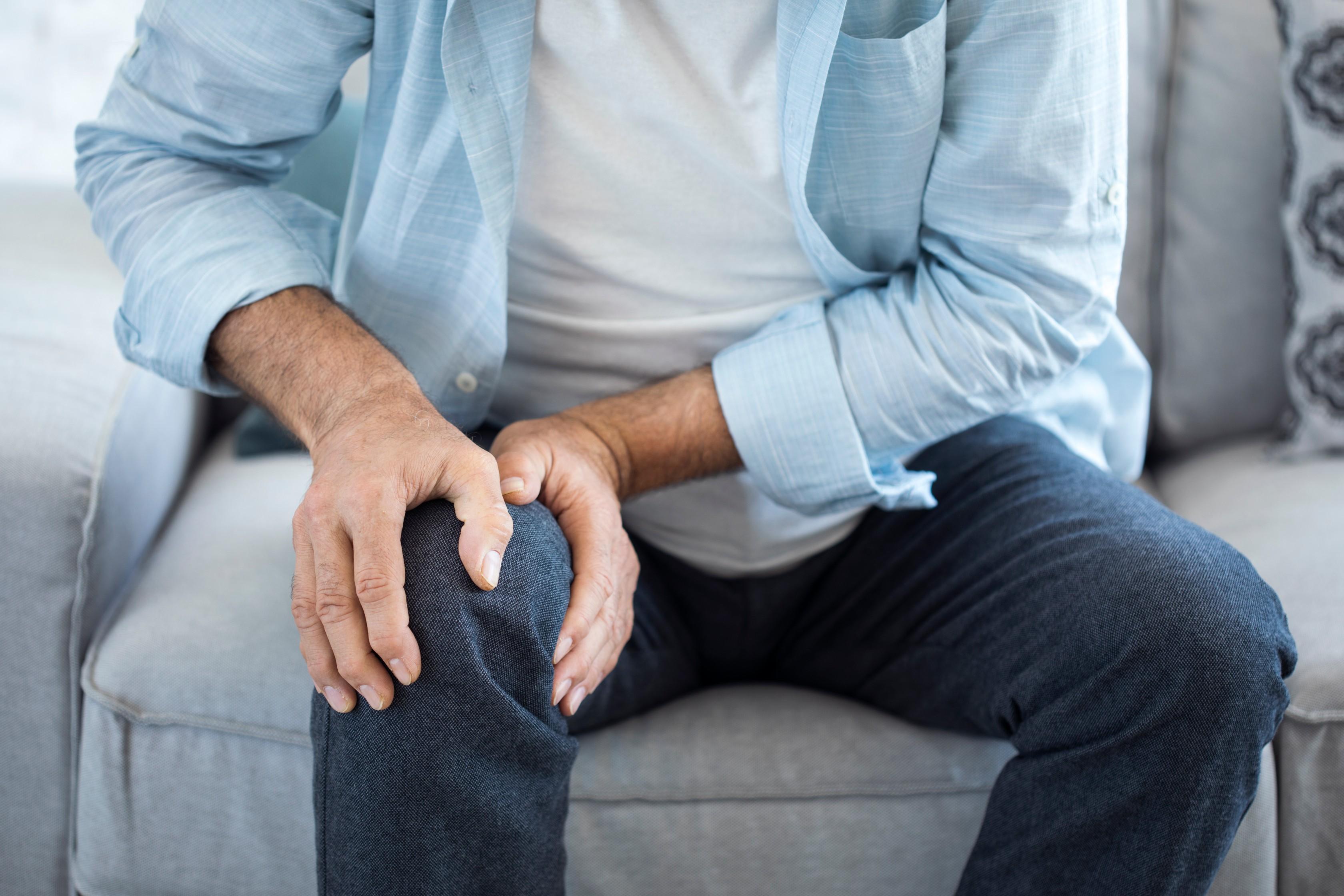 ízületi fájdalom a lábán, a boka közelében